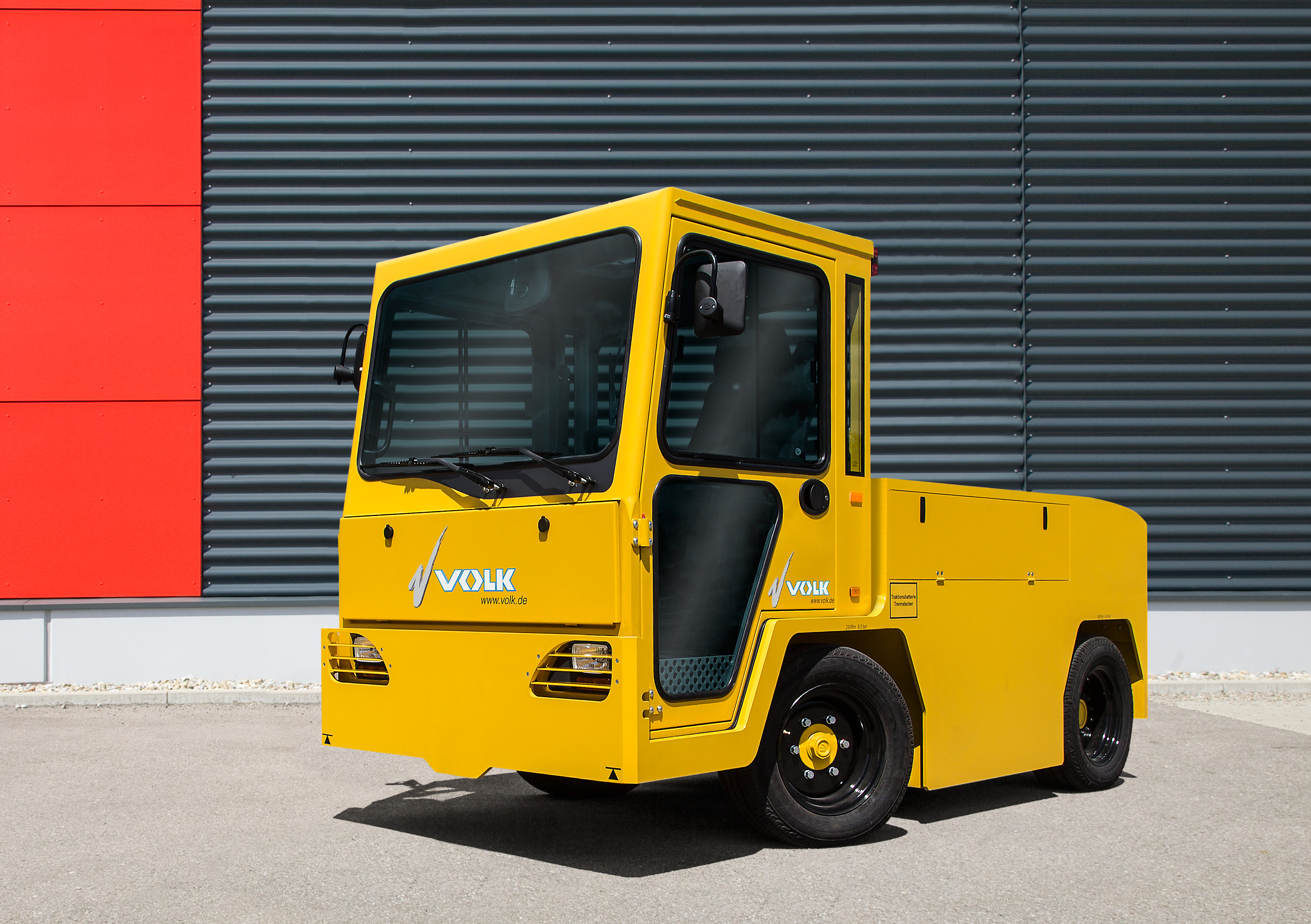 VOLK Electric tow tractor EFZ 30 NT Long Range