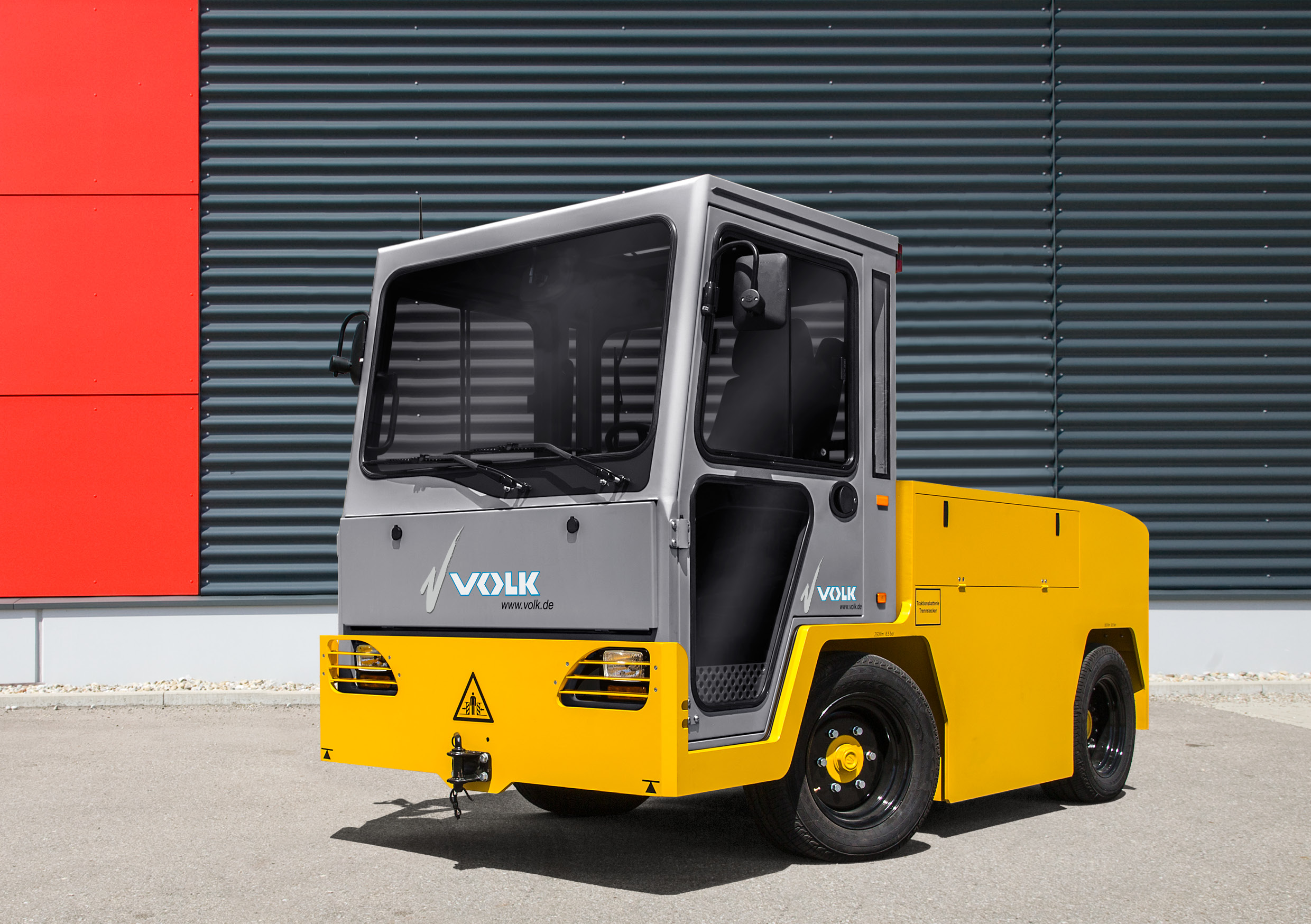 VOLK Electric baggage tractor EFZ 30 NT Ultra Long Range
