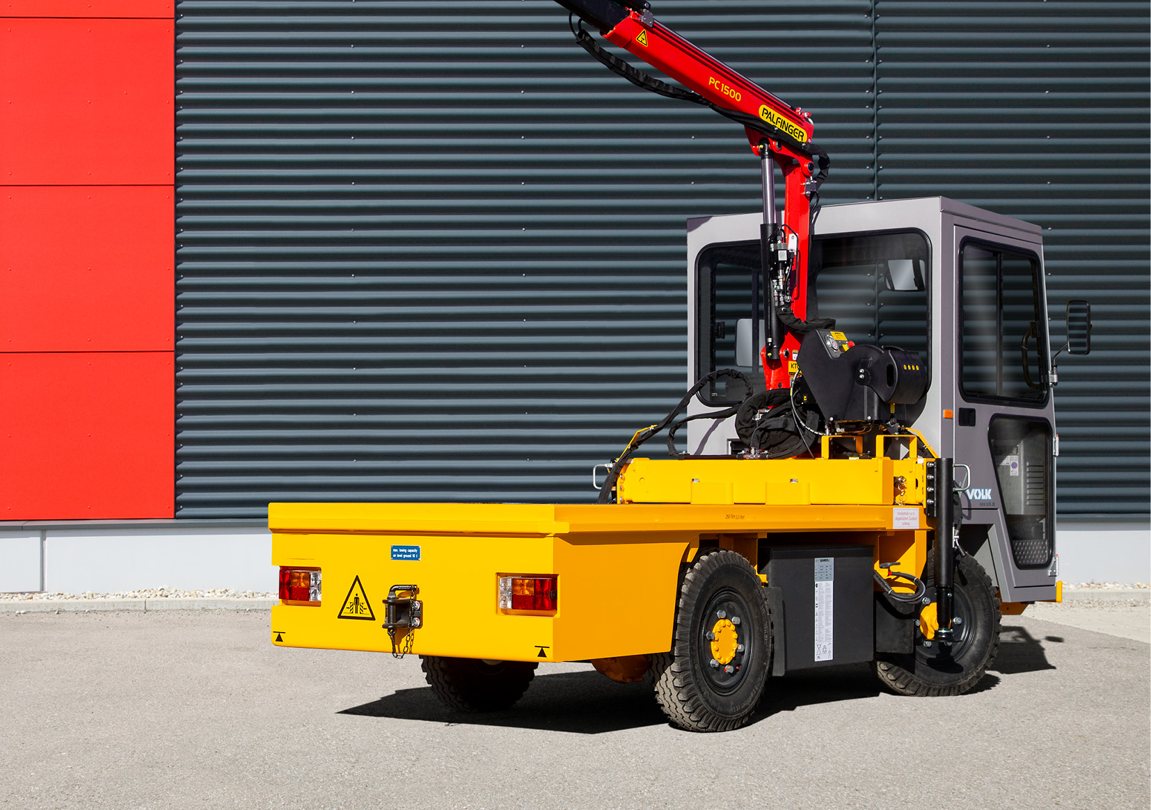 VOLK_Electric-platform-truck_EFW-4v8