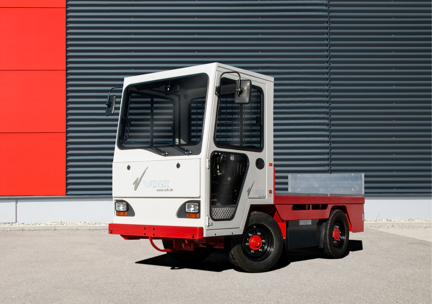 VOLK_Electric-platform-truck_EFW-4v9