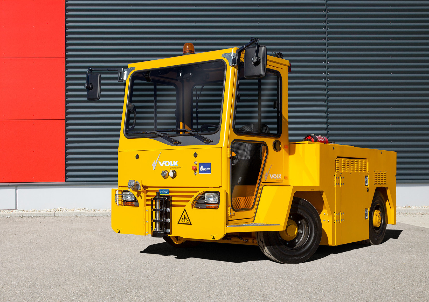 VOLK Electric tow tractor EFZ 80N
