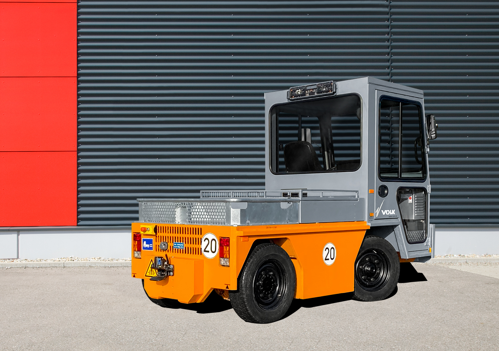 VOLK Electric tow tractor EFZ 30N Used
